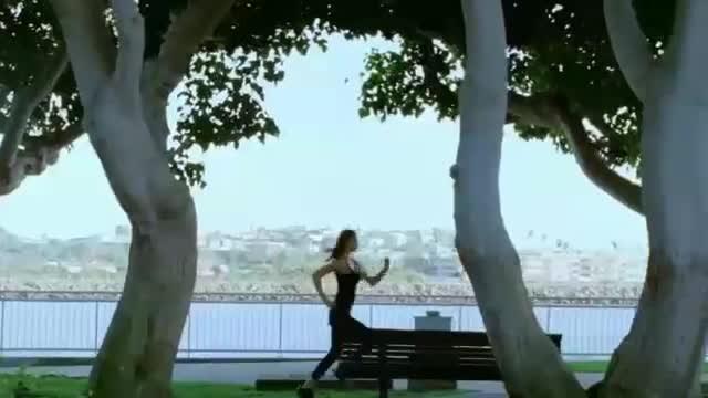 - Miranda Kerr for Suntory Tea