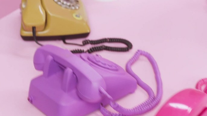 - Kate Spade x Instyle   The Style Hotline   Directed by Laura Kosann